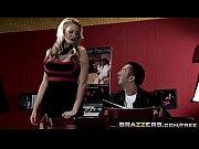 Keiran Lee orders two pornstars (Jessica Jaymes, Rebeca Linares Brazzers