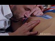 thumb Mom Sexy Milf W ants Romantic Creampie reampie