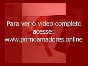 Tarado Arrastou Duas Goianias Para O Motel E Fez Um Video Amador Delas Se Chupando No Banheiro Antes Dele Comer As Duas http://pornoamadores.online/