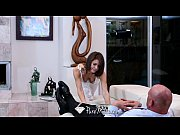 HD PureMature - Hot babe Jenni Lee fucks on the couch