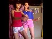 Putas J&oacute_venes bailando