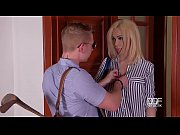 Milf Chessie Kay&#039_s last minute hardcore titty fuck at the Doctor&rsquo_s office