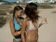 Two sexy busty girls on beach TWF-www.teenworldforum.com (7)