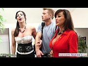 Busty babes Kendra Lust and Lisa Ann fuck in threesome