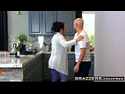 Brazzers Mommy Got Boobs (Ashton Blake), (Mike Mancini Pimp My Mom