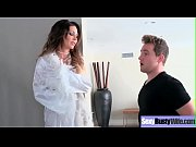 (Jessica Jaymes) Housewife With Big Juggs Love Intercorse On Camera Clip-12