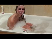 Hot Girl Take Shower