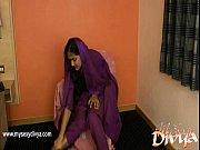 Divya Yogesh pleases herself using her Fingers