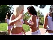 Groupsex bikini girls