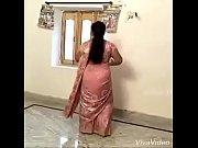 sexy hot aunty doing desi mujra