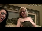 Sexy amateur sluts share on two dicks in this sex orgy