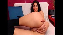 Playful webcam model shows mastership of mastur...