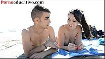 Nikki little y Miquel duque en una entrevista sexual en la playa thumbnail