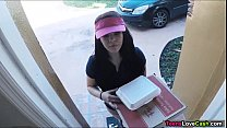 Kimber Woods delivers pizza and bangs customer for more tips