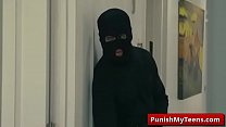 Submissive - Bandits Of Bondage with Sophia Leone tube video-01
