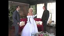 Wedding Threesome With Squirt