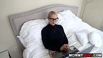 Big ass blonde milf discovers her son watches stepmom porn Preview
