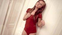 Red-head Della masturbates 2 fingers in her wet pussy pornhub video