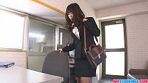 Office babe Chinatsu Kurusu gives an asian blow...