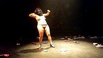 bbw show de teatro nudismo صورة