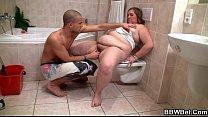 Chubby cutie meets a horny guy in the bathroom صورة