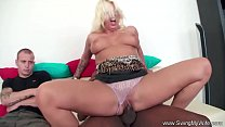 Image: Swing My Wife To Orgasm