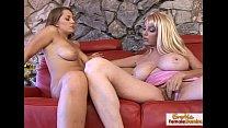 Luscious blonde talks her friend into some lesbian hot fun Vorschaubild
