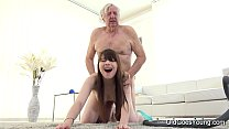 Old Goes Young - Luna Rival gets fucked while she vacuums the rug صورة