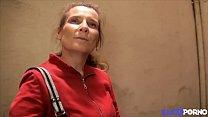 Elisa veut des jeunes pour remplacer son mari décevant