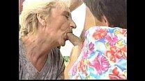 2 Grannies video