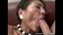 Hairy Granny Gets Cum On Her Hairy Pussy thumb