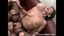 Hairy Granny Gets Cum On Her Hairy Pussy Vorschaubild
