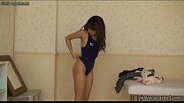 Bokep Japanese schoolgirl wear a swimsuit to take off the school uniform gratis di BokepSave.Info