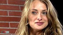 Pornstar little blonde Ivana Sugar strip