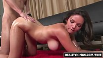 (Shae Summers) shows off her big perfect natura...