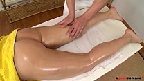 Euro Beauty Madlin enjoys a secret massage   Anal Fuck Vorschaubild