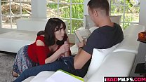 Amber Chase blowjob her step sons cock صورة