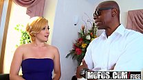 Mofos - Milfs Like It Black - Vixxxen Hart - Pi...