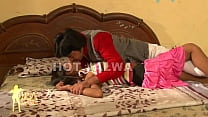 Badi Bhan Nokar Se Choti Bhan Padosi se -sexdesh.com preview image