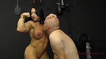 Muscle Queen Brandi Mae Makes Her Slave Lick Her Ass pornhub video