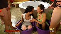 666Bukkake - MILF Viktoria and Sexy Aymie Piss Gangbang Vorschaubild