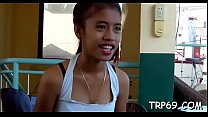 Thai wench gets fingered thumbnail