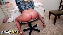 BANGBROS - Blde PAWG Britney Amber Gets Her Thick Booty Splickity Splacked, Jack - 9Club.Top