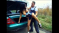 Outdoor Sex - Anhalterin im Auto gefickt Vorschaubild