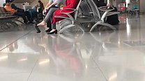 Cams4free.net - Chinese Woman Dangling at Airport