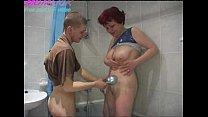 momlick.com zreloe porno-russkoe-syn-drochit-v-vannoi-zahidit-mama