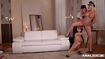Anal inspectors Donna Bell & Anissa Kate share big veiny cock in threesome صورة