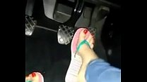 Candid Teen Pedal Pumping With Flip Flops Chinelos