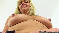 Dolly's hard nipples and wet cunt look so inviting Vorschaubild
