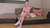 FakeAgentUK Creampie casting for blonde British chick Vorschaubild